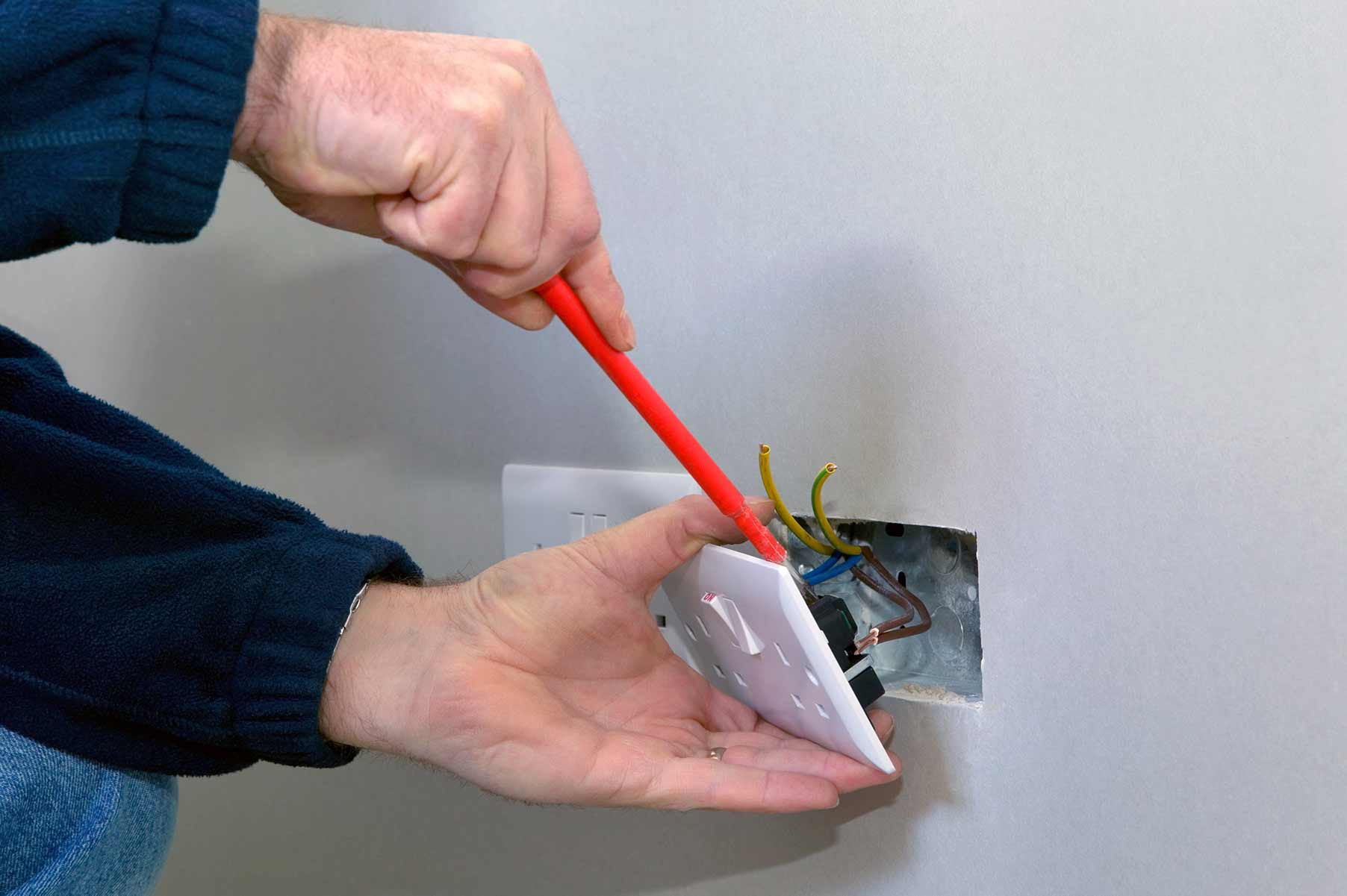 Our electricians can install plug sockets for domestic and commercial proeprties in Norbury and the local area.